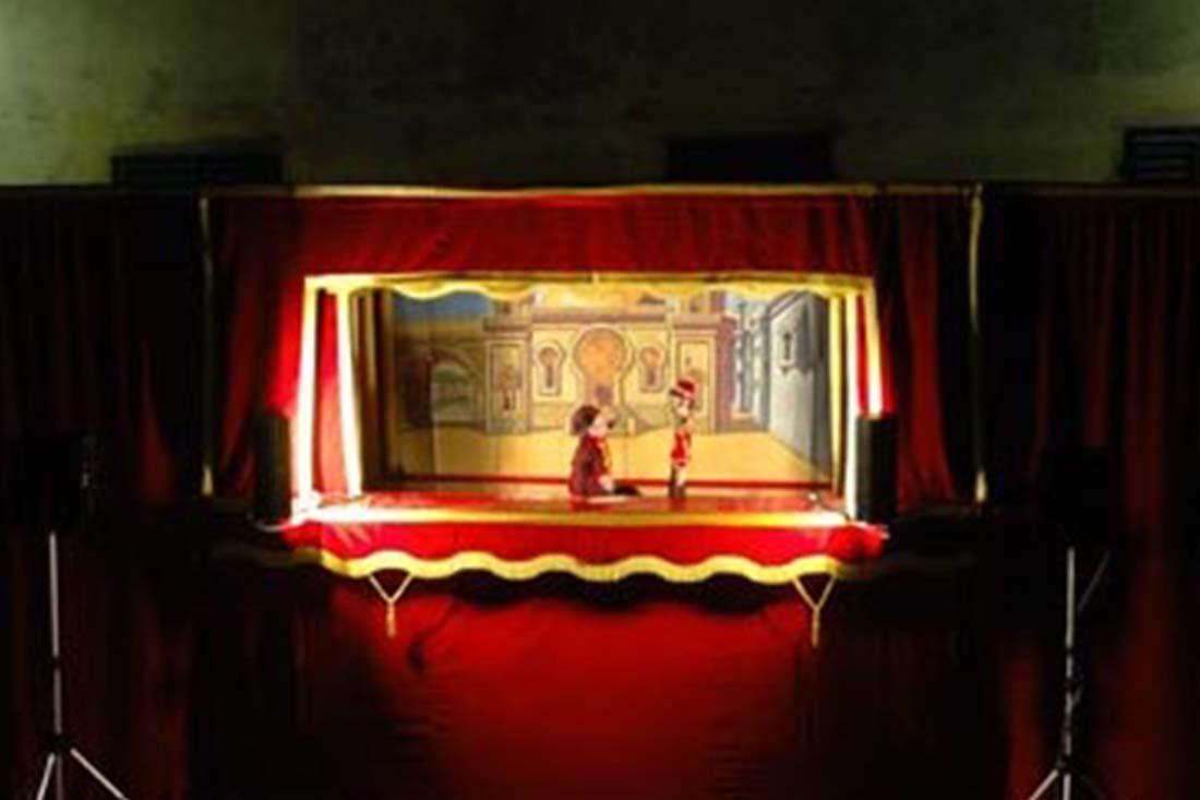 Burattini spettacolo di Kirkos & Company